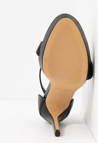 ALDO Wide Fit - WIDE FIT MADALENE - Sandály na vysokém podpatku - black - 6