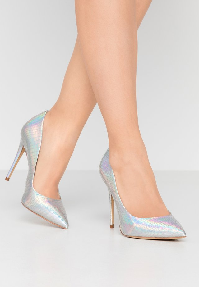 STESSY WIDE FIT - High heels - silver