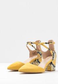 ALDO Wide Fit - BROOKSHEAR WIDE FIT - Avokkaat - other yellow - 4