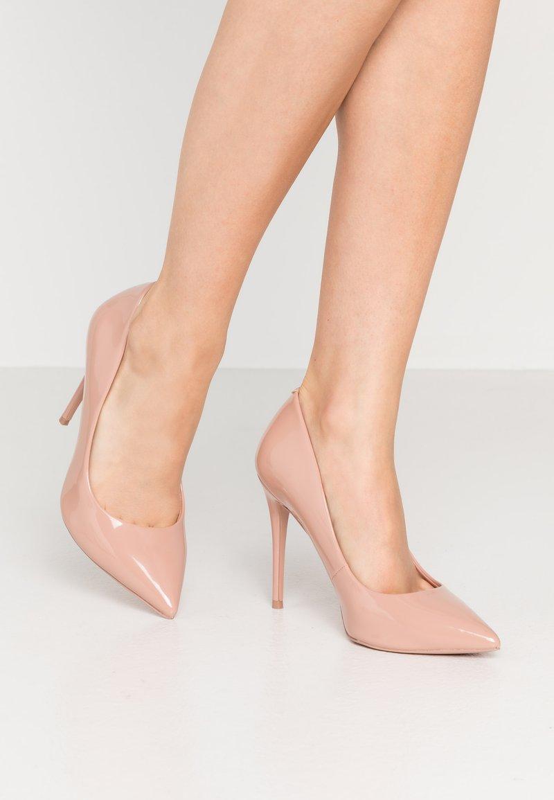 ALDO Wide Fit - STESSY - Decolleté - light pink