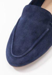 ALDO Wide Fit - WIDE FIT JOEYA - Loaferit/pistokkaat - dark blue - 2