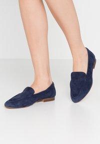 ALDO Wide Fit - WIDE FIT JOEYA - Loaferit/pistokkaat - dark blue - 0