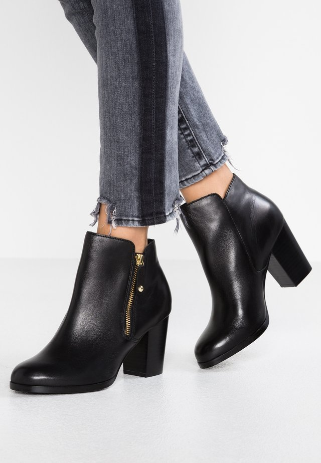 WIDE FIT NAEDIAW - Ankle boots - black