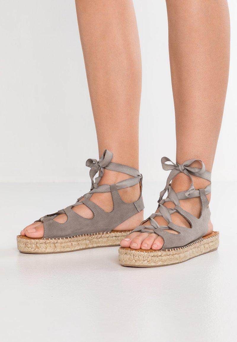 ALOHAS - GLADIATOR - Platform sandals - stone