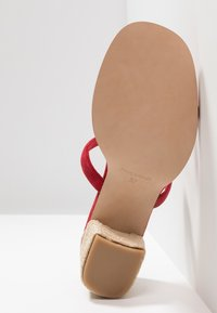 ALOHAS - LAURA - Pantolette hoch - red - 6