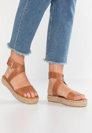 VENUS - Sandals - camel