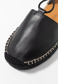 ALOHAS - CHRISTINAS - Espadrillas - black