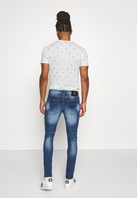Alessandro Zavetti - Slim fit jeans - blue wash - 2
