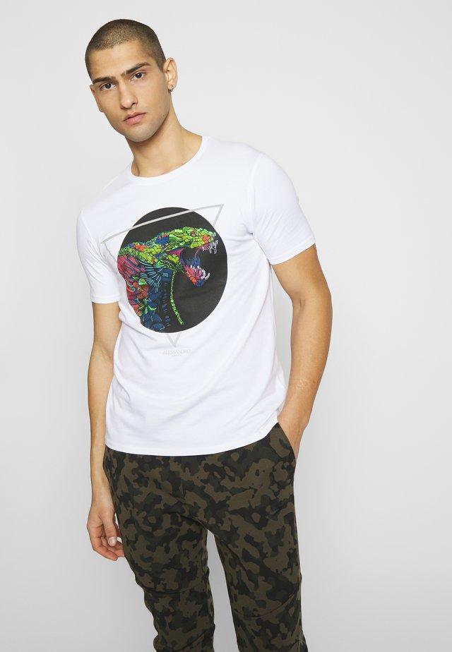 ABLETT SNAKE - Print T-shirt - white