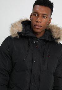 Alessandro Zavetti - OSHAWA - Winter jacket - black - 5