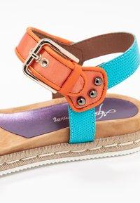 Alpe - SOFFIE - Korkeakorkoiset sandaalit - lila - 2