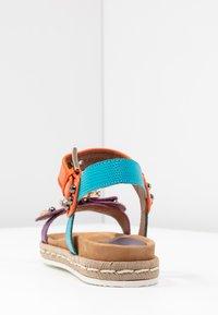 Alpe - SOFFIE - Korkeakorkoiset sandaalit - lila - 5