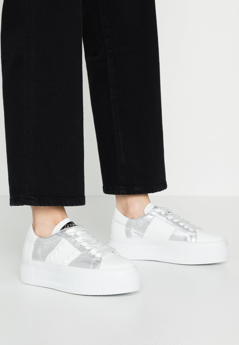 Alpe - FIRST - Sneakers - blanco