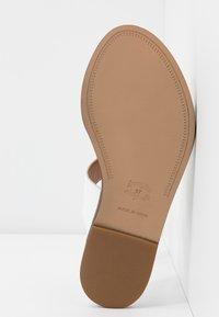 Alpe - AMBER - Pantofle - blanco - 6