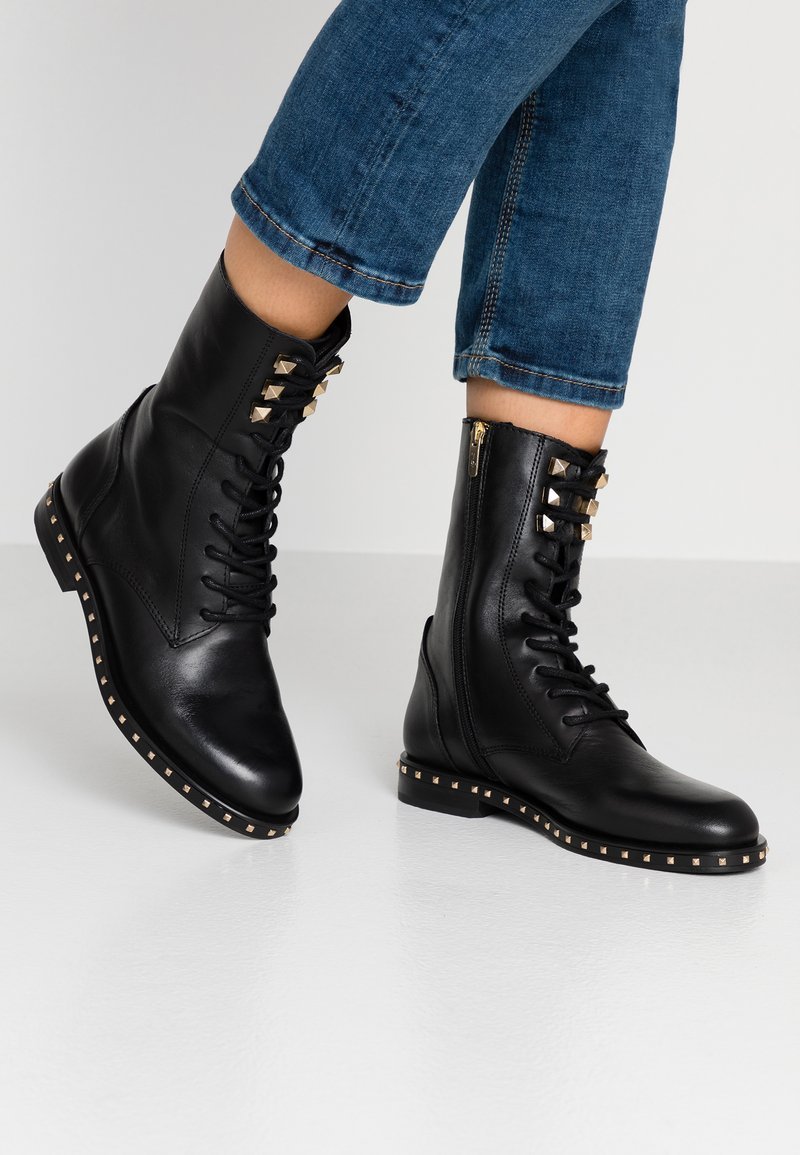 Alpe - FIRENZE - Lace-up ankle boots - black
