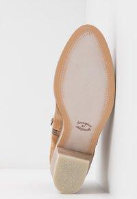Alpe - NELLY - Kotníková obuv - brown - 6