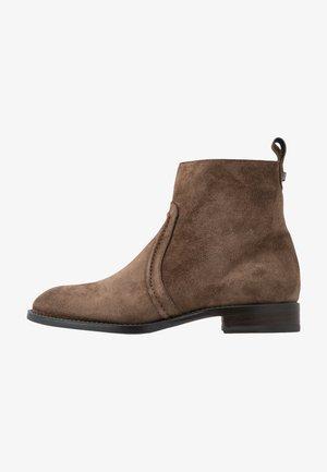 MELANIA - Kotníkové boty - bison