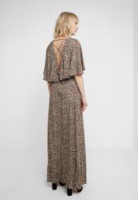 Allen Schwartz - CLAIRE MAXI CAPELET - Maxi dress - tan - 2