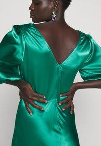 Allen Schwartz - LOUISE DEEP V DRESS HEM - Cocktail dress / Party dress - jade - 4