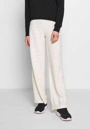 OKIBAY - Pantaloni - off-white