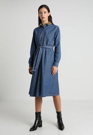 BADIDOW DRESS - Jeansklänning - dark blue