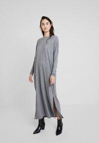 American Vintage - Długa sukienka - anthracite - 0