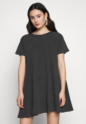 BOWILOVE - Sukienka letnia - zinc