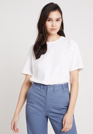EXIASTREET ROUND NECK BOYFRIEND - T-shirt basic - blanc