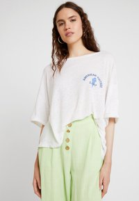 American Vintage - LOLOSISTER - T-shirt z nadrukiem - blanc - 0