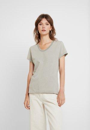 FUZYCITY - T-shirts med print - gris vintage