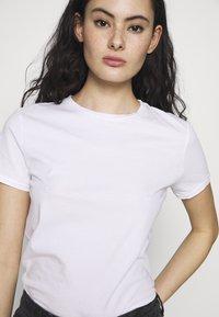 American Vintage - VEGIFLOWER - T-shirts - blanc - 4