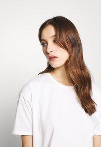 American Vintage - DINGCITY - T-shirt basic - blanc - 4