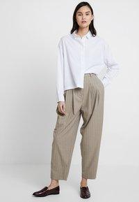 American Vintage - PIZABAY LONG SLEEVE - Koszula - blanc - 1