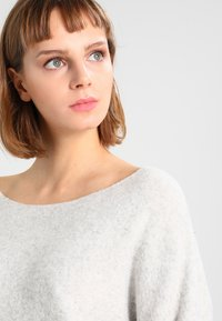American Vintage - DAMSVILLE - Sweter - gris chine - 3