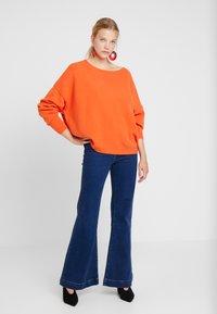 American Vintage - DAMSVILLE - Sweter - braise - 1