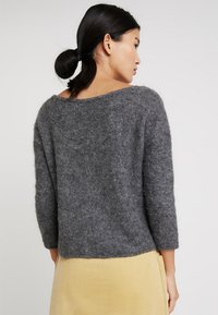 American Vintage - WOXILEN ROUND NECK CROPPED JUMPER - Sweter - anthracite chine - 2