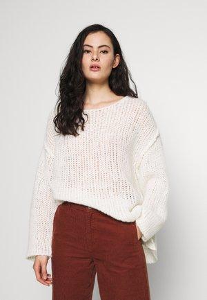 PIUROAD - Pullover - blanc
