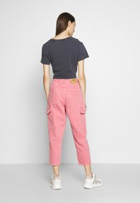 American Vintage - TINEBOROW - Jeans Tapered Fit - litchi - 2