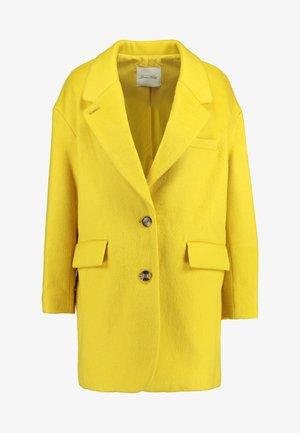 PAMILIA - Krótki płaszcz - mimosa