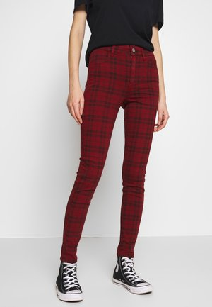 HIGH RISE JEGGING - Bukse - red
