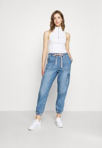 American Eagle - JOGGER - Jeans relaxed fit - empire blue - 1
