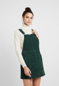 American Eagle - SKIRTALL - Denní šaty - deep forest green - 0