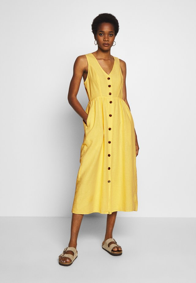 MIDI DRESS - Vestido camisero - yellow