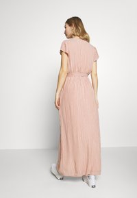 American Eagle - PLACKET FRONT BELTED MAXI - Robe longue - rust - 2