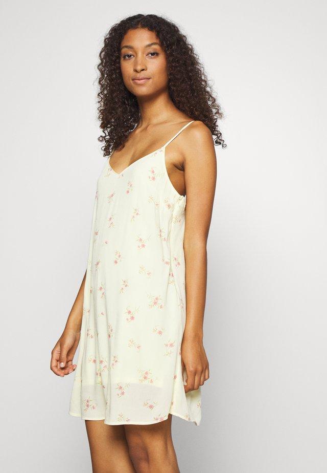 Sukienka letnia - lemon