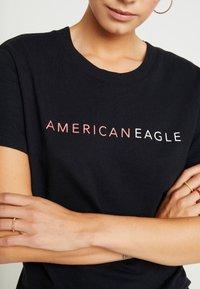 American Eagle - LOGO TEE - Camiseta estampada - black - 4