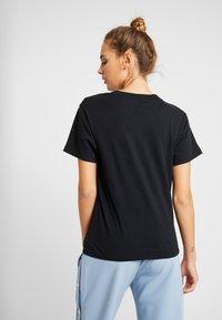 American Eagle - LOGO TEE - Camiseta estampada - black - 2