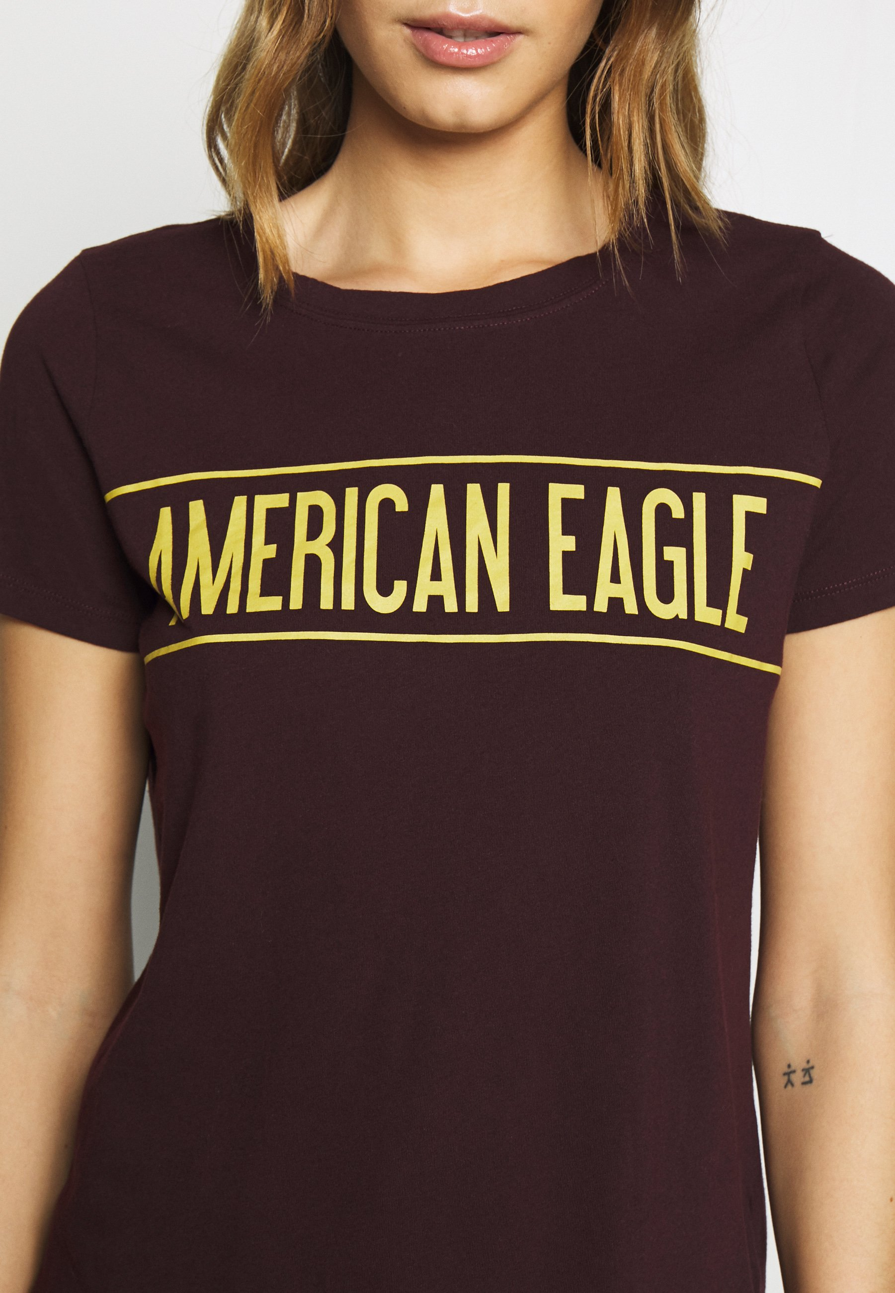 American Eagle BRANDED HOT STORE TEE - T-shirts med print - burgundy