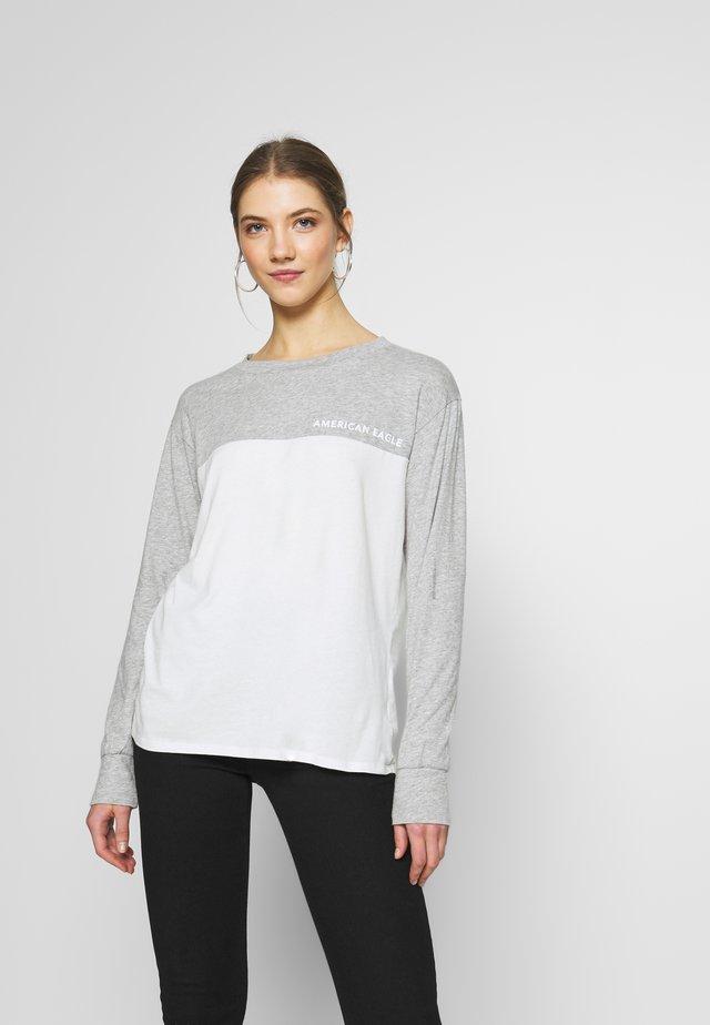 BRANDED COLORBLOCK URBAN TEE - Topper langermet - gray