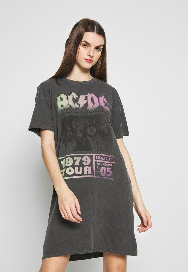 ACDC DRESS - Jerseyklänning - washed black